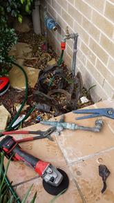 maintenance-plumber-3